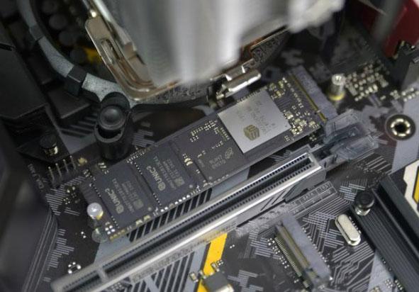 海康威视C2000 PRO固态硬盘无法识别数据恢复 慧荣SM2262EN主控